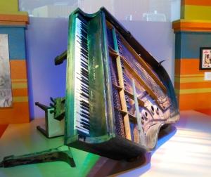 Fats Domino's piano, post Katrina